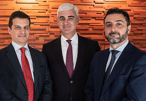 De izqda. a dcha.: Ricardo Alcaide, Rafael Asuar y Fernando Toledo.