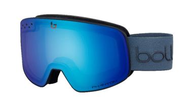 El casco Medalist Carbon Pro y la máscara Nevada, el mejor equipamiento para los atletas de Bollé en la copa del mundo de esquí.