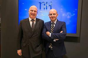 NH HOTEL GROUP FITUR 2017 - Hugo Rovira, Director general de NH Hotel Group para España, Andorra y Portugal. Ramón y Aragonés, Director General Ejecutivo de NH Hotel Group.