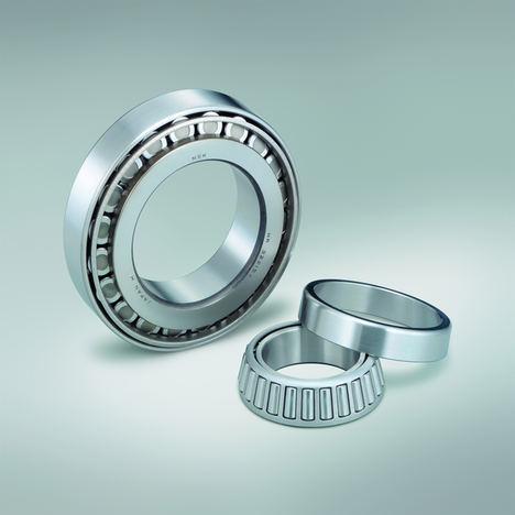 Los rodamientos de rodillos cónicos NSK de la serie HR pueden absorber elevadas cargas radiales y axiales en una dirección.