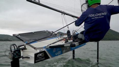 Foilchemy diseña el primer barco de vela ligera con un innovador sistema de control de foils