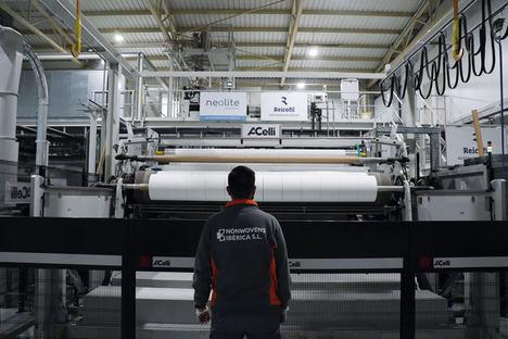 Empieza en España la producción de meltblown: el material filtrante más eficaz del mundo contra la COVID