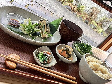 Disfrutar de los festivales otoñales y la gastronomía de Nikko