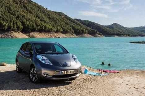 Los Nissan eléctricos tendrán una ayuda de hasta 10.000€