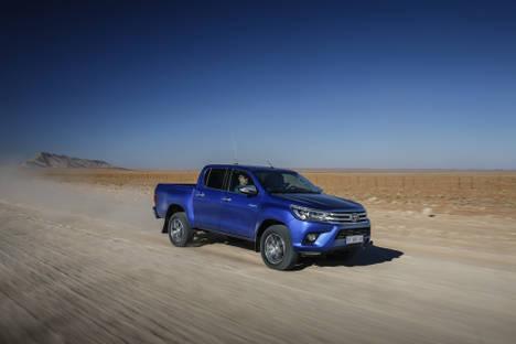 Nuevo Toyota Hilux, más pólvora para el lider