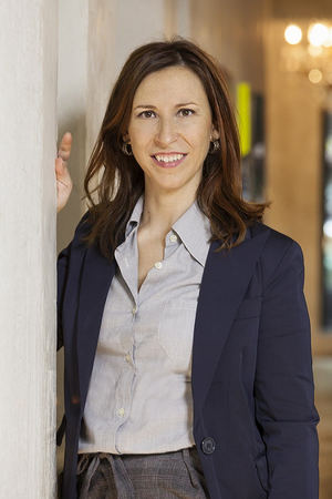 Nuria Amarilla Mateu, Copresidenta de la Sección de Derecho Sanitario y Farmacéutico.