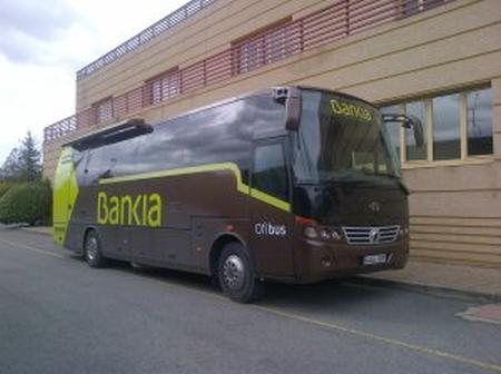 Los ofibuses de Bankia recorren casi 40.000 kilómetros al mes y dan cobertura a 337 pueblos de cinco regiones