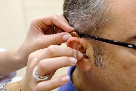 Las personas con pérdida auditiva están más afectadas por el aislamiento de la Covid-19