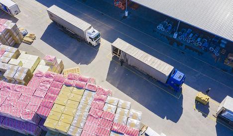 Los transportistas de Ontruck triplican sus esfuerzos para mantener el abastecimiento de productos de primera necesidad