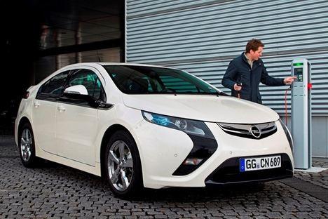 El Ampera, el pionero eléctrico de Opel, cumple 10 años