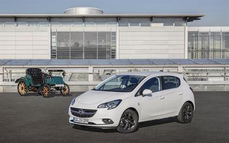 """Opel Corsa """"120 Aniversario"""""""
