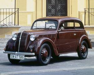 Opel celebra 120 años de automóviles