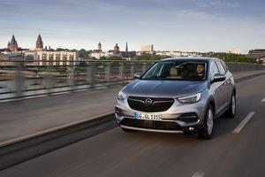 Más potencia y refinamiento para el Opel Grandland X