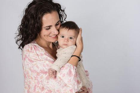 Patricia González Melgar, CEO y fundadora de Lapona, con su bebé.