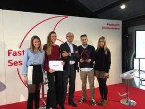 Patrocinador y premiados de los III Fast Forward Award.