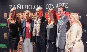 """Sandra Ibarra presenta con su firma Kiss&Fly Solidary la colección """"Pañuelos con Arte"""""""