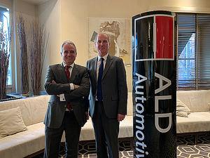 Pedro Malla, director general de ALD Automotive España, y Gilles Bellemère, Deputy CEO de ALD Automotive.