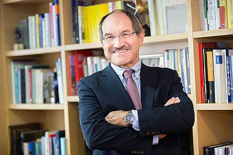 Pedro Mier, reelegido presidente de AMETIC