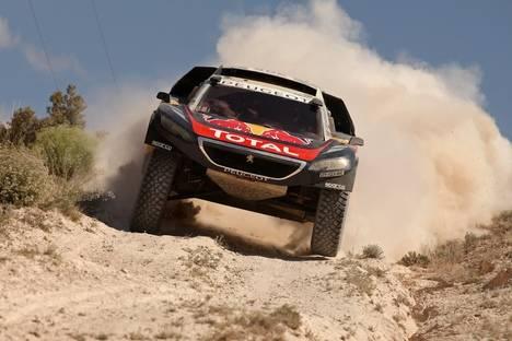 El Peugeot 2008 DKR, segundo en la Baja Aragón