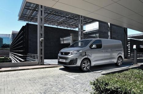 Gama Peugeot de vehículos comerciales electrificados