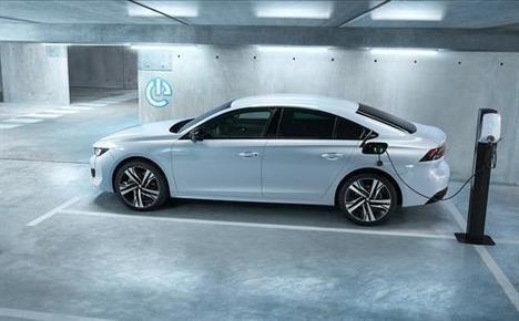 Peugeot presenta dos primicias mundiales en el Salón de Ginebra