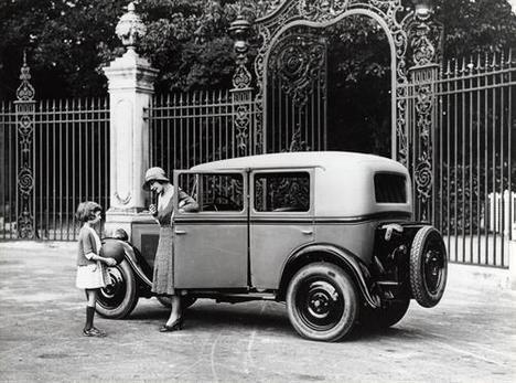 Tres cifras con un cero en medio, una tradición de Peugeot
