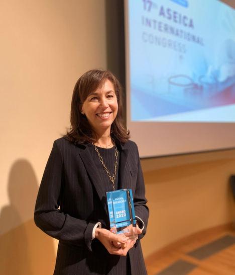 Dra. Pilar Garrido.