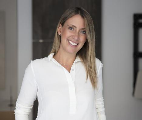 "Pilar Martínez-Cosentino, vicepresidenta de Grupo Cosentino, ganadora del ""Premio Mujer Empresaria CaixaBank 2021"""