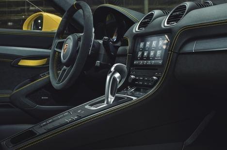 Los Porsche 718 con motor 4.0 disponen de transmisión de doble embrague