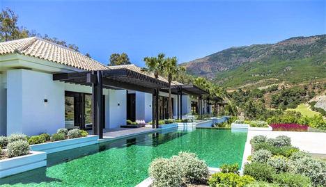 El precio de la vivienda de lujo con menos demanda ha caído un 20% en la Costa del Sol