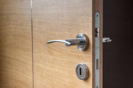 ¿Puerta Blindada o Acorazada? ¿Qué es lo mejor para prevenir un robo?