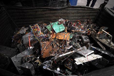 El reciclaje de aparatos electrónicos y pilas resistió la ralentización impuesta por la Covid-19 en 2020