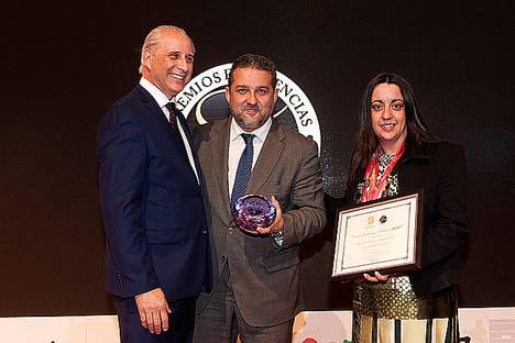 Miradas Viajeras, de Capital Radio, recibe el premio Excelencias Turísticas 2016