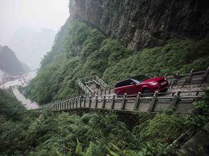 """Range Rover Sport PHEV, el primer SUV en conquistar """"La puerta del cielo"""""""