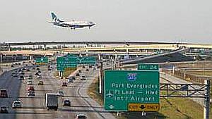 Reabre aeropuerto de Fort Lauderdale despues del atentado