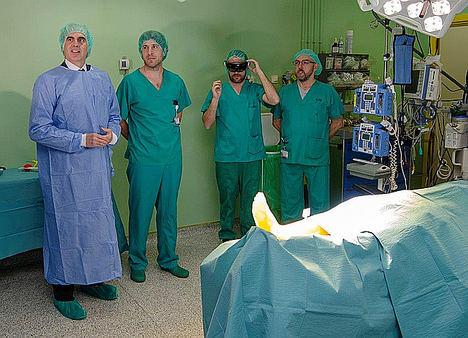 El Hospital Gregorio Marañón desarrolla un sistema pionero en quirófano que permite proyectar sobre el paciente realidad aumentada