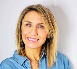 Rebeca Cordero Ibares, Portocolom AV.