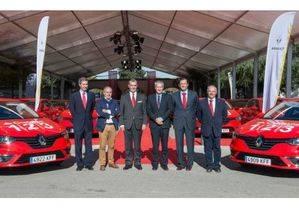 Renault entrega la nueva flota al Banco Santander