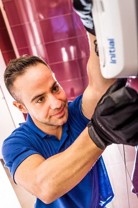 Rentokil Initial adquiere Euroservhi y crea el primer grupo de servicios de higiene ambiental
