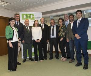 Responsables de DFG posan tras la Junta General celebrada ayer.