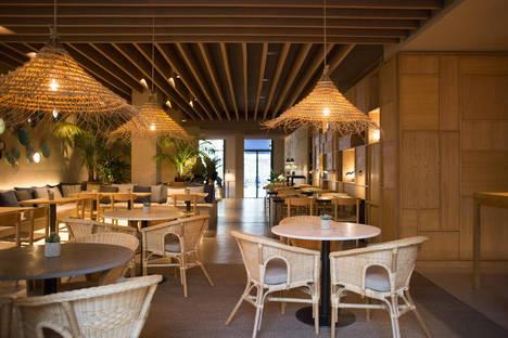 La empresa valenciana Grupo Saona abre TAGOMAGO, su octavo restaurante en la ciudad