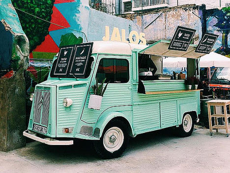 Las fiestas son más originales con un food truck, según Retro Trucks