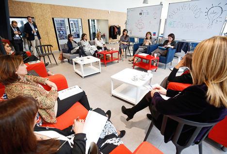 EDEM y Microsoft analizan las barreras que limitan el emprendimiento femenino