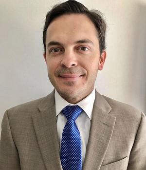 Ricardo Correa Hoffman, AV Group.