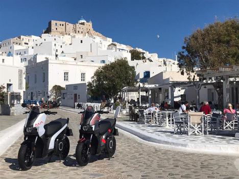 SEAT MÓ: camino hacia la electrificación de una isla griega