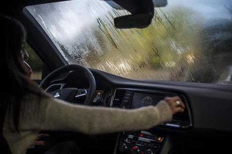 Cinco consejos de SEAT para que el frío no empañe la vista