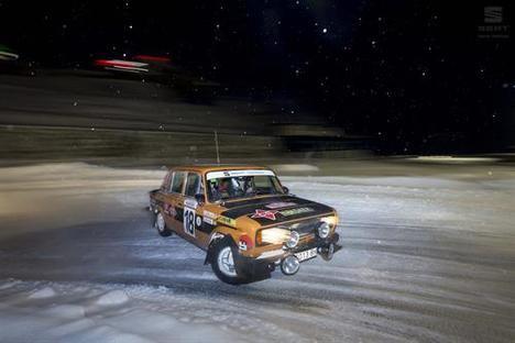 Coches históricos de SEAT en el Rallye de Montecarlo histórico