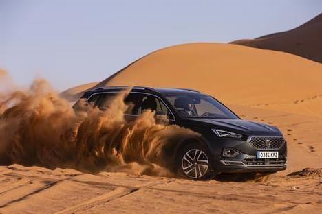 El SEAT Tarraco se enfrenta a una duna de más de 100 metros en el desierto de Merzouga