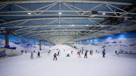Snozone Holdings Ltd adquiere la pista de nieve indoor Madrid SnowZone