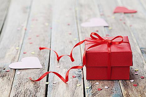 San Valentín se ha cansado de colonias… sorprende a tu pareja con regalos originales